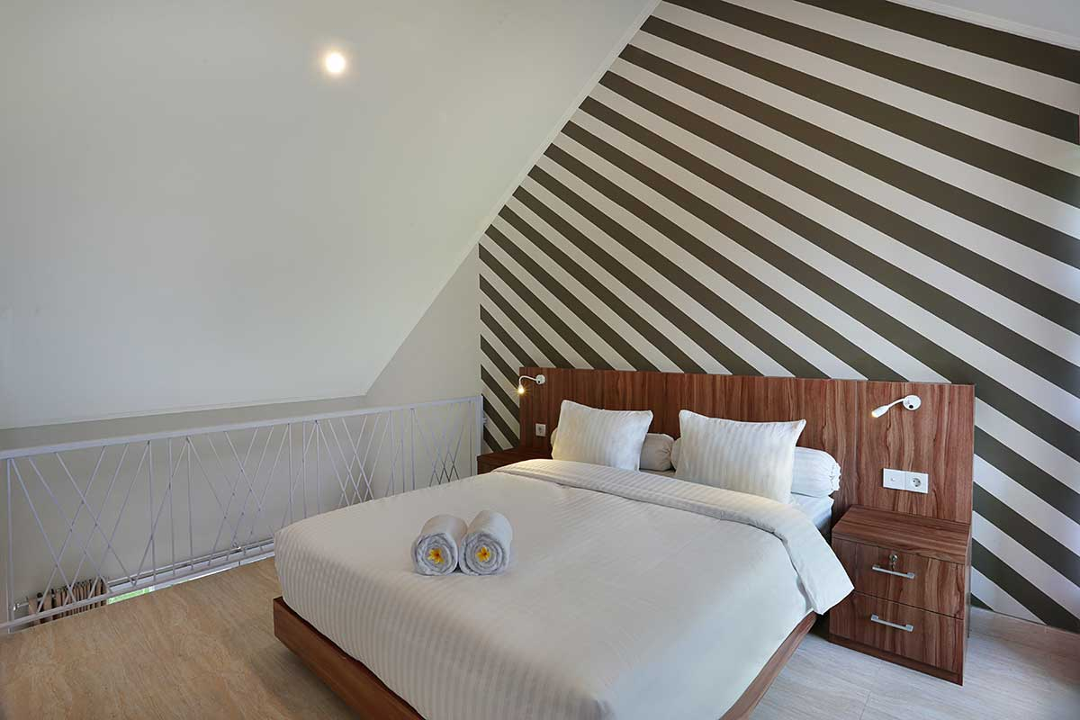 The Bedroom On Mezzanine Floor Askara Canggu Townhouse
